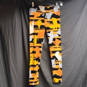 🎃 LuLaRoe OS Halloween leggings orange and black.
